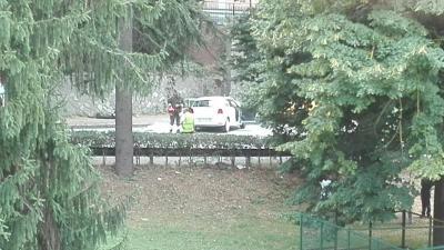 Schianto tra un'auto e un pullman Muore una bambina di undici anni