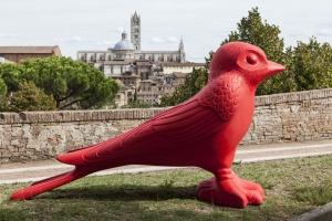 Animali Da Giardino In Plastica.Gli Animali Di Cracking Art Invadono Siena